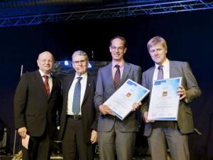 Prof. Dr. Paul-Gerhardt Schlegel, Dr. Kurt Eckernkamp, PD Dr. Matthias Wölfl und Prof. Dr. Matthias Eyrich. Foto: Katrin Heyer