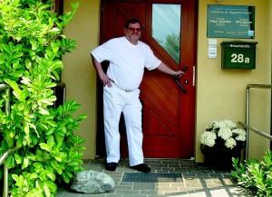 Dr. Edgar Gramlich, Facharzt für Allgemein- und Arbeitsmedizin in Albertshofen. Foto: privat