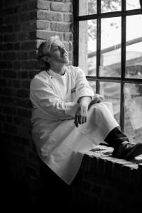 """""""Neue Wege zu beschreiten, heißt sich Zeit zu nehmen, eine Extra-Meile zu gehen"""", sagt Sternekoch Bernhard Reiser und beschreitet als Dozent für Ernährung und Foodmanagement oder als Berater von Dialysezentren immer neue Wege. Foto: Daniel Biscan"""