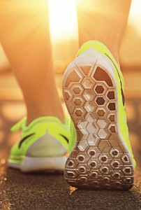 Der richtige Laufschuh muss Aktivität, Vitalität und Wohlergehen vereinen. Foto: ©depositphotos.com/Allllex