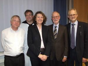 Der Vorstand des Zentrums für Seltene Erkrankungen am Universitätsklinikum Würzburg (von links nach rechts): Prof. Dr. T. Haaf, Dr. T. Schweitzer, Frau A. Simon, Prof. Dr. C. Reiners, Prof. Dr. H. Hebestreit. Es fehlt Prof. Dr. M. Frosch. Foto: Universitätsklinikum Würzburg