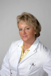 Dr. Sonja Herzberg ist Fachärztin für Orthopädie, Fachärztin für Physikalische und Rehabilitative Medizin. Foto: NovArte fotodesign/privat